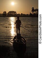 homme, dans, bateau pêche