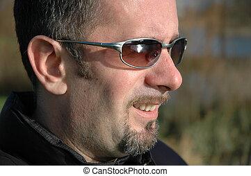homme, et, lunettes soleil