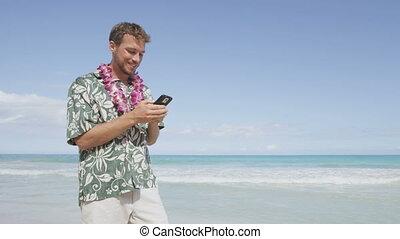 homme, intelligent, téléphone, utilisation, hawaï, plage, app