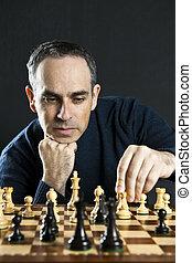 homme, jouant échecs