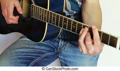 homme, jouer, acoustique, guitar.