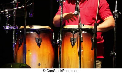 homme, jouer, percussion