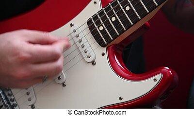 homme, jouer, rouges, guitare, électrique, haut fin