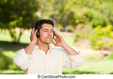 homme, musique écouter, parc
