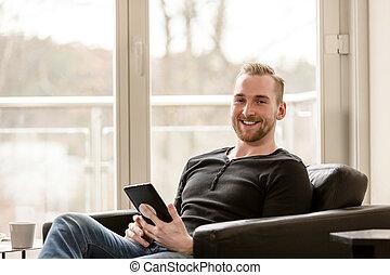 homme, rire, tablette, numérique