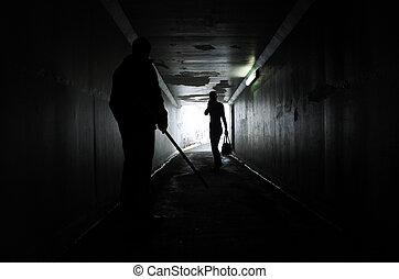 homme, sombre, femme, tunnel, harceler