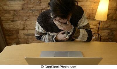 homme, terrifié, jeune, ordinateur portable, effrayé, ...