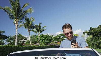 homme, utilisation, appareil photo, smartphone, selfie, téléphone, voiture, photo prenant