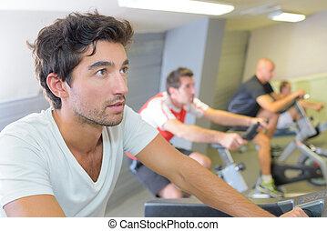 hommes, dans, club santé