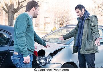 hommes, fracas, discuter, voiture, après, deux, accident