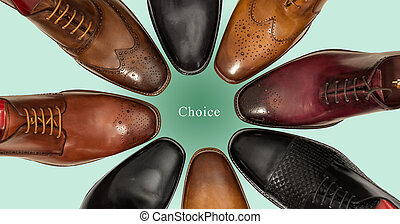 hommes, groupe, chaussures