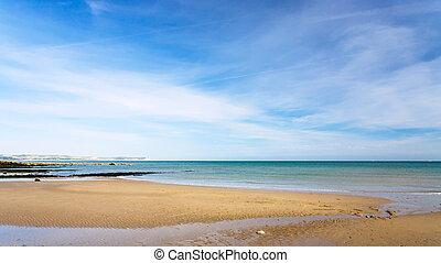 homok tengerpart, közül, la manche csatorna, közel, sapka,...