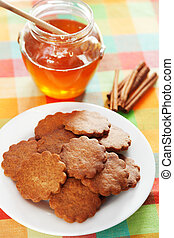 Honey cookies with cinnamon