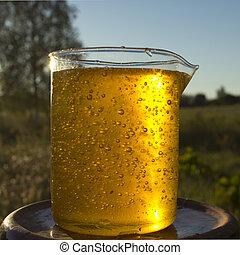 Honey in the vessel