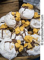 Honeycomb Meringues Recipe