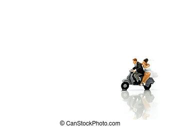 honeymoon., miniatura, par, pessoas, wolrd, seu, motocicleta, fundo, montando, :, recém casado