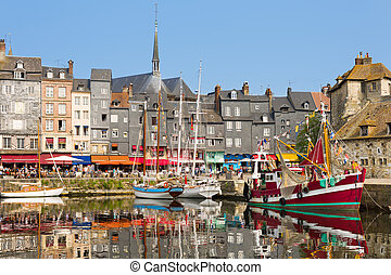 Honfleur harbour - Yachts in the Honfleur harbour in a...