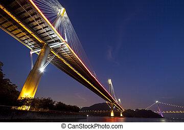 hong kong, puentes, por la noche