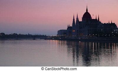 hongarije, boedapest, zonopkomst