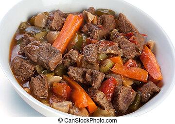 hongos, zanahorias, courgettes, estofado carne vaca