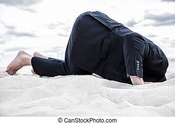 hoofd, zijn, blootsvoets, problems., formalwear, zand, man, ...