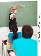 hoog, onderwijs, de leraar van de school, wiskunde
