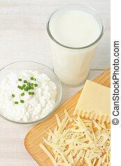 hoog overzicht, van, verse melk, en, zuivelproducten