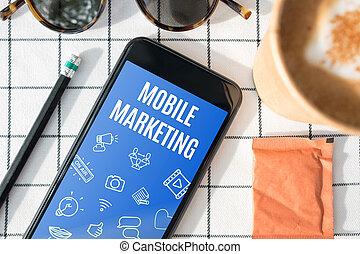 hoogste mening, beweeglijk, marketing, eigenschap, op, beweeglijk, scherm, met, koffiekop, op wit, tafel, cloth.digital, advertising.