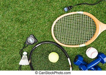 hoogste mening, van, gevarieerd, sportende, uitrusting, op, groen gras