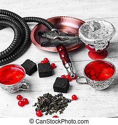 hookah with berries tea
