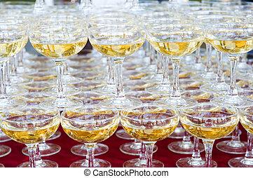 hoop, van, bril, gevulde, met, champagne