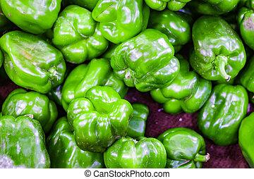 hoop, van, groene, capsicum, in, detailhandel, groente, fantastische markt, te koop