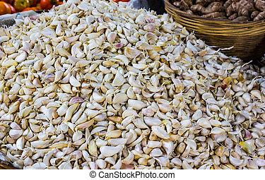 hoop, van, witte , knoflook, flakes, in, detailhandel, groente, fantastische markt, te koop