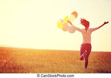 hoppning, kvinna, färgad, ung, grön, spring, grässlätt, ...