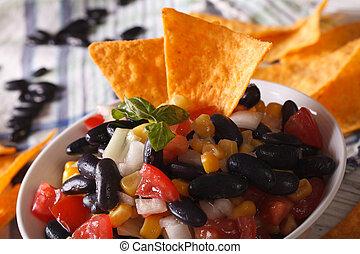 horizontaal, black , koren, bonen, nachos, frites, macro., mexicaans salsa