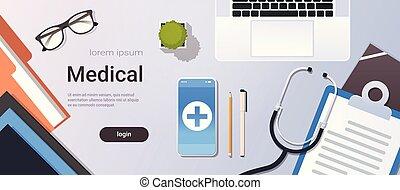horizontais, smartphone, ângulo, material, escritório, doutor, móvel, laptop, espaço, trabalhador, desktop, topo, área de transferência, estetoscópio, local trabalho, online, tabela, app, cópia, hospitalar, vista