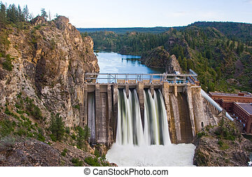 Long Lake Dam - Horizontal Photo of Long Lake Dam in Eastern...