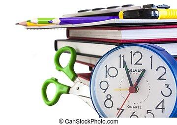 horloge, crayons, livres, ciseaux, couleur, isolé, composition, école, blanc