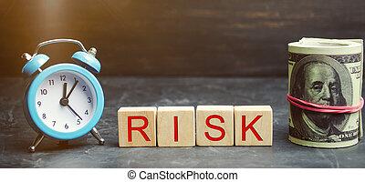 horloge, risk., project., insurance., financier, justifié, concept affaires, confection, légal, risks., mot, decision., risques, investir, bois, propriété, blocs, droit, argent, /, marché