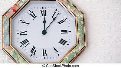 horloge, tapisserie