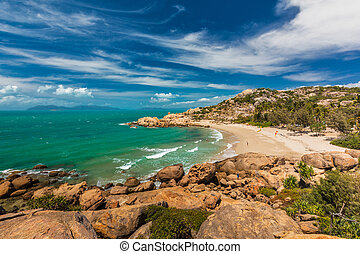 Horseshoe Bay at Bowen - iconic beach with granite climbing rocks, Australia