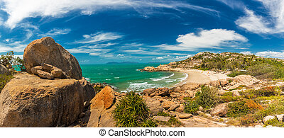 Horseshoe Bay at Bowen - iconic beach with granite climbing rocks, Queensland, Australia
