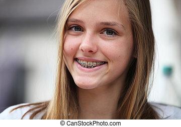 hosenträger, jugendlich, orthodontisch, junges mädchen