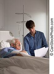 hospital, anciano