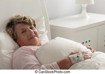 hospitalar, mulher, mentindo, cama