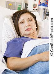 hospitalar, paciente, mentindo, cama