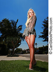 Hot blond under the hot sun, Los Angeles, California