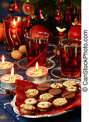 Hot drink with Christmas cookies