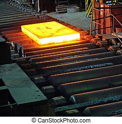 Hot steel plate