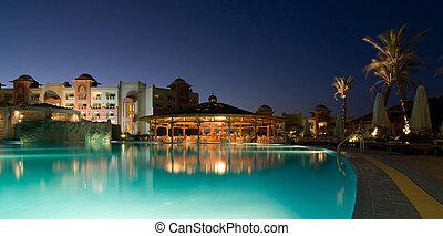hotel recurso, noite, piscina, natação